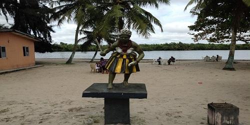 a statue at the tourist beach port harcourt