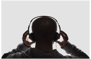 5 mistakes you must avoid while buying headphones